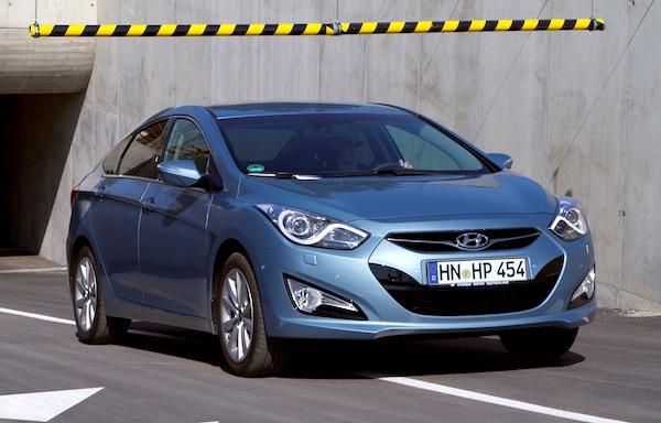 Hyundai i40 Latvia February 2013