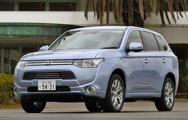Mitsubishi Outlander Japan February 2013