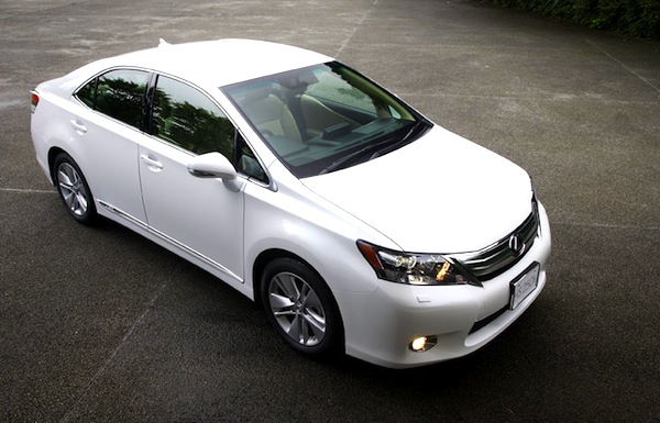 Toyota Sai World 2012