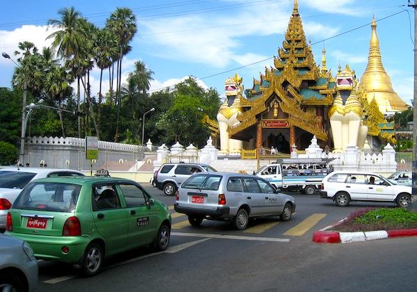 Yangon 2012d. Picture by Ryusuke Ikeda