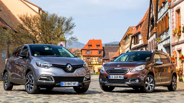 Peugeot 2008 Renault Captur World July 2013. Picture courtesy of Largus