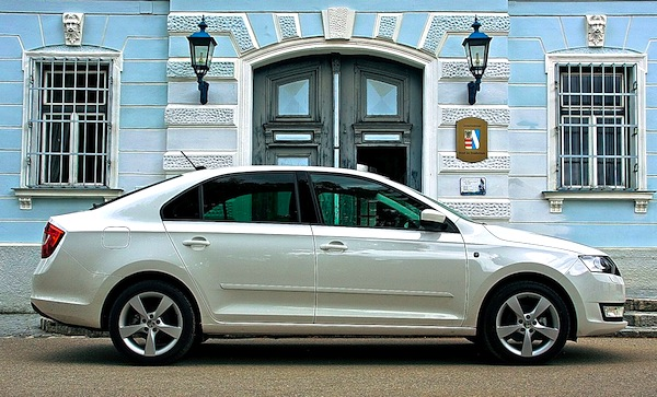 Skoda Rapid Ukraine May 2013b. Picture courtesy of zr.ru