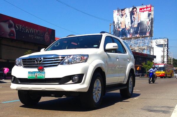 Toyota Fortuner Philippines June 2013