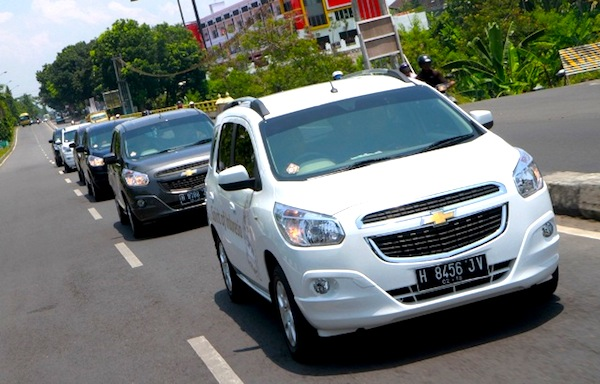 Indonesia July 2013 Chevrolet Spin Up To 13 In Record Month