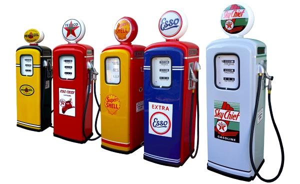Fuel vintage. Picture courtesy of www.e-replica.fr