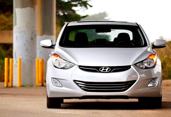 Hyundai Elantra Saudi Arabia June 2013