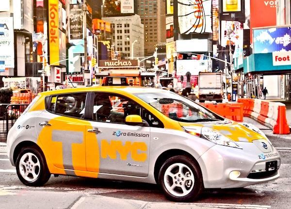 Nissan Leaf USA July 2013