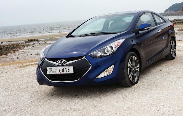 Hyundai Avante South Korea August 2013. Picture courtesy of autodiary.kr