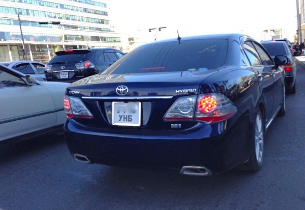 5 Toyota Crown Hybrid