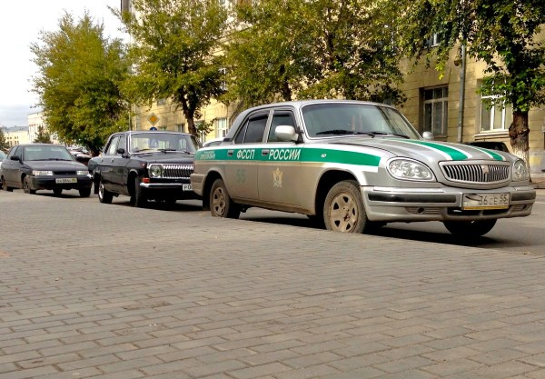 8 GAZ Volga 1968 and 2004