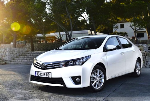 Toyota Corolla World July 2013