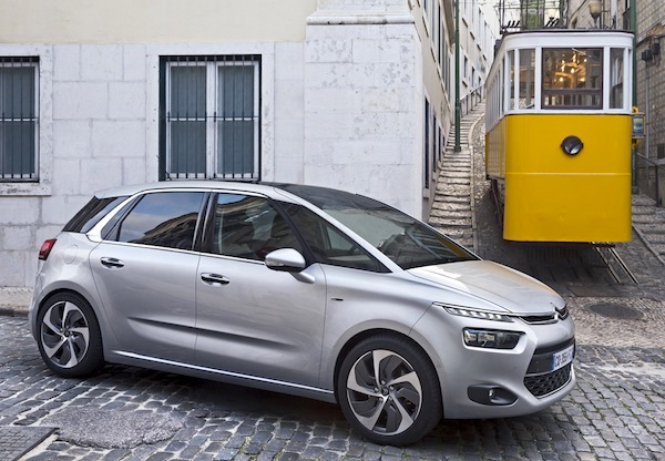 Citroen C4 Picasso France October 2013. Picture courtesy of largus.fr