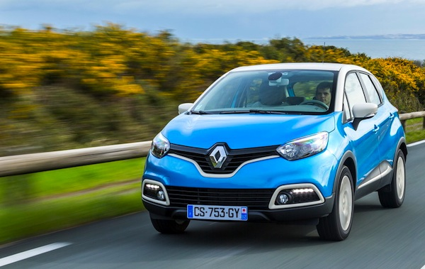Renault Captur Slovenia January 2014. Picture courtesy of largus.fr
