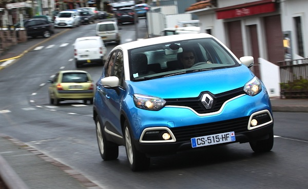 Renault Captur Belgium June 2014. Picture courtesy of automobile-magazine.fr