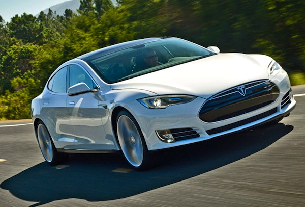 Tesla Model S Netherlands December 2013. Picture courtesy of autobild.de