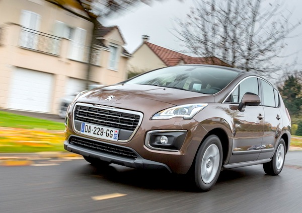 Peugeot 3008 France January 2014. Picture courtesy of largus.fr