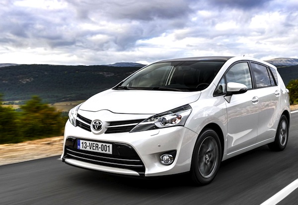 Toyota Verso Italy February 2014. Picture courtesy of largus.fr