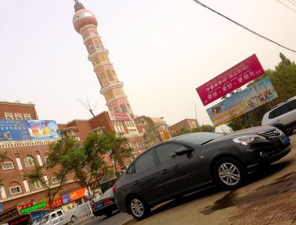 13. Hyundai Elantra Yuedong