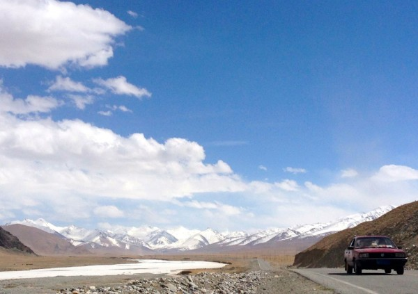 VW Santata Karakoram Highway