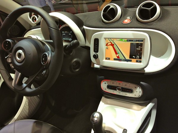9d. Smart Forfour interior