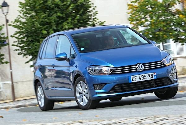 VW Golf Sportsvan Frankfurt 2015. Picture courtesy of largus.fr