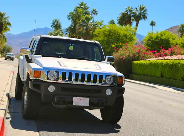 Hummer Palm Springs