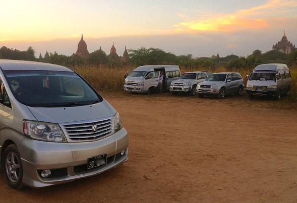 3. Toyota Alphard Bagan 4