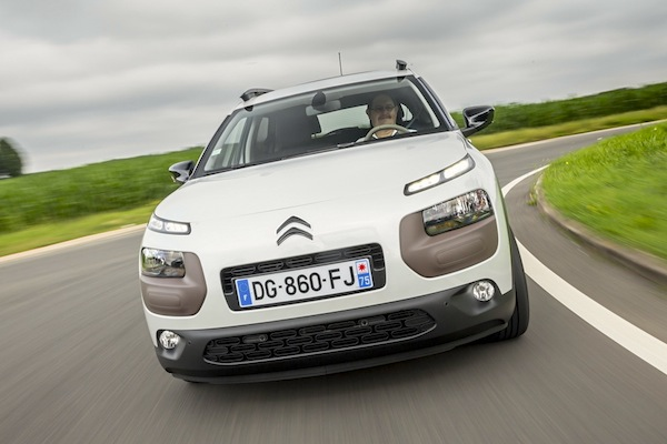 Citroën C4 Cactus France March 2015. Picture courtesy of largus.fr