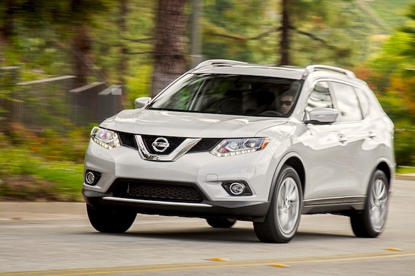 Nissan Rogue Canada 2014. Picture courtesy of motortrend.com