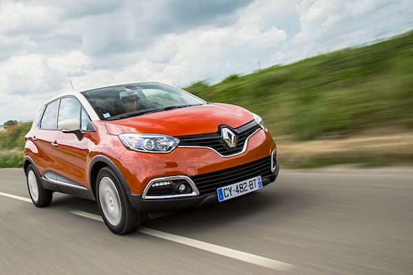 Renault Captur Sweden November 2015. Picture courtesy of largus.fr