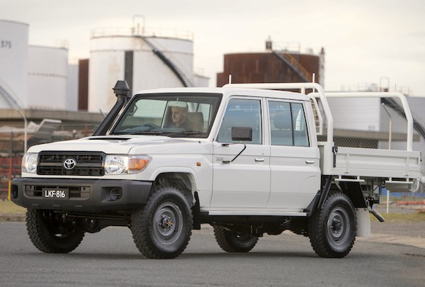 Toyota Land Cruiser PU Australia 2014