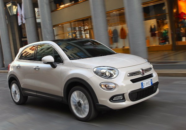 Fiat 500X Italy December 2015. Picture courtesy largus.fr