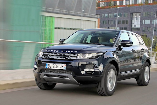 Range Rover Evoque Italy January 2015. Picture courtesy largus.fr
