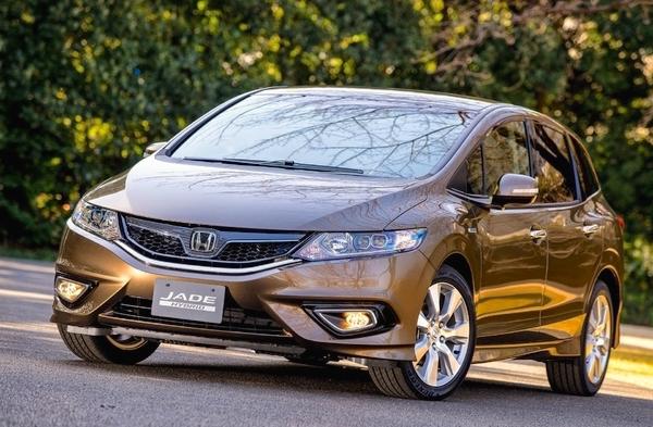 Honda Jade Japan February 2015. Picture courtesy of response.jp