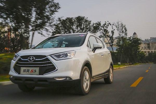 china february  ford escort  vw lamando impress  selling cars blog