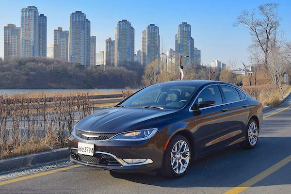 Chrysler 200 South Korea March 2015. Picture courtesy motorian.kr