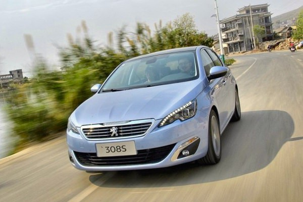 Peugeot 308S China April 2015. Picture courtesy autohome.com.cn