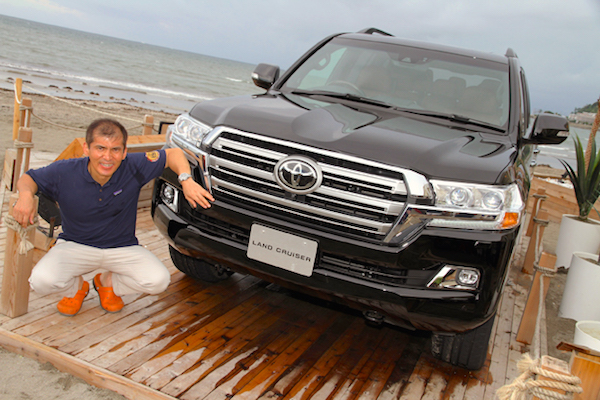 Toyota Land Cruiser 200 Japan August 2015. Picture courtesy autoc-one.jp