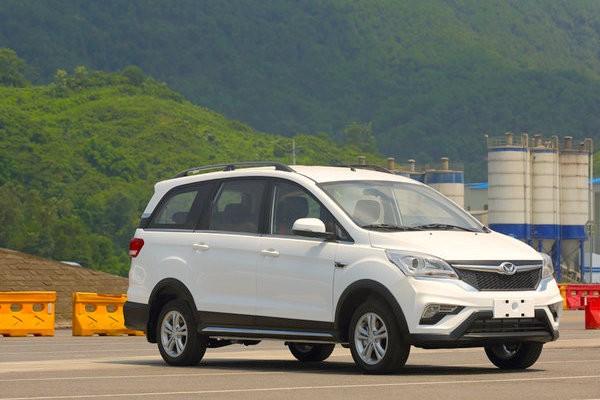 Beijing Auto Huansu H3 China October 2015. Picture courtesy auto.qq.com