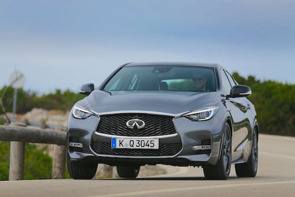 Infiniti Q30 Germany April 2016. Picture courtesy largus.fr