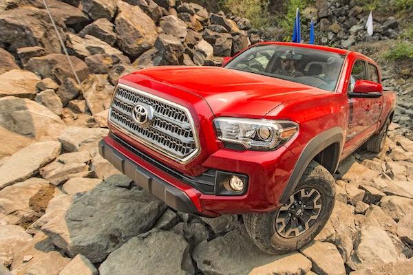 Toyota Tacoma USA 2015b. Picture courtesy caranddriver.com.jpg