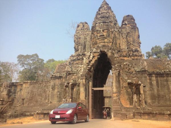 1. Toyota Prius Siem Reap