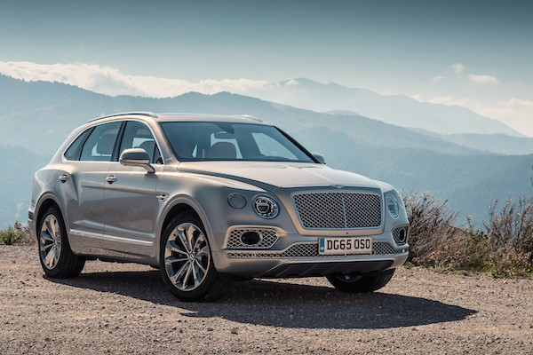 Bentley Bentayga Spain March 2016