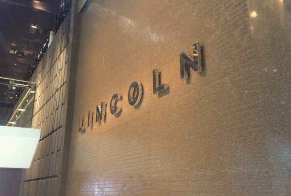 Lincoln Stand 4