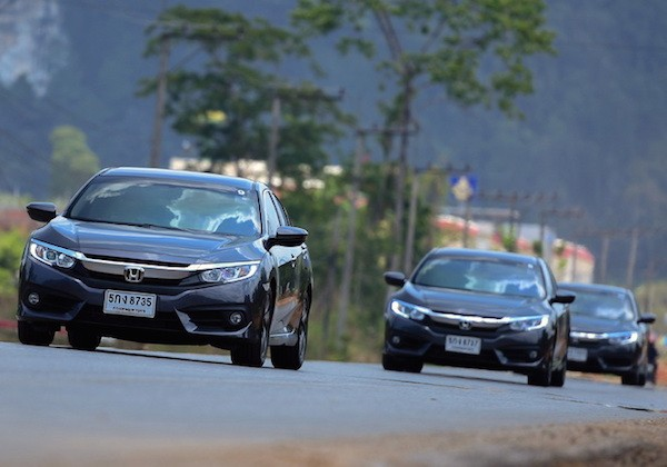 Honda Civic Thailand March 2016. Picture courtesy headlightmag.com