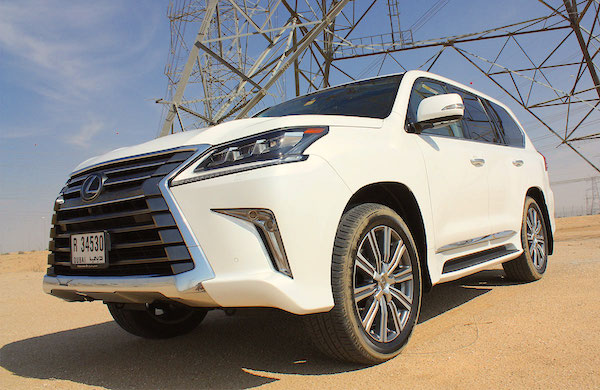 Lexus LX Qatar April 2016. Picture courtesy middleeastcar.com