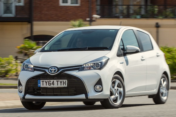 Toyota Yaris Hybrid Norway May 2016