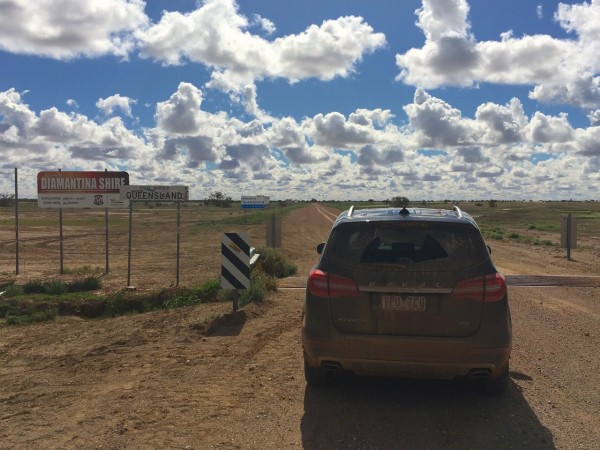 Haval H8 Queensland border