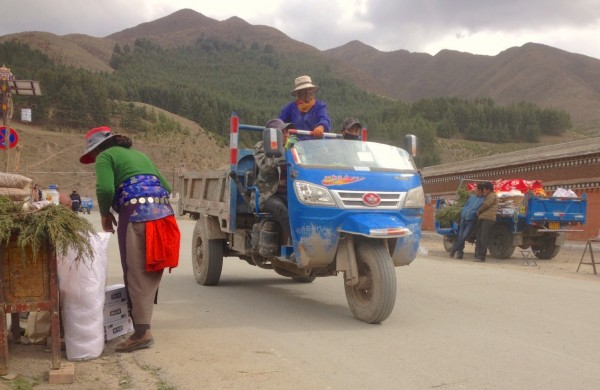 Three Wheeler Xiahe China 2016 Pic2
