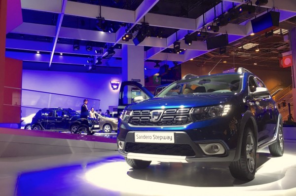 dacia-sandero-stepway-paris-2016
